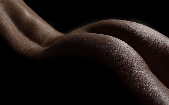 Les belles fesses d'un cougar dexy